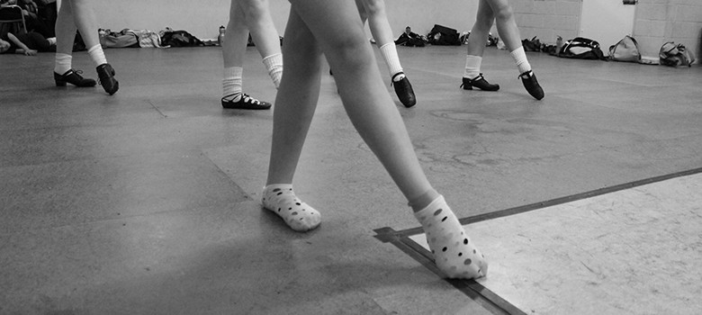 How to manage an Irish dancing ankle injury - ready to feis - irish dance